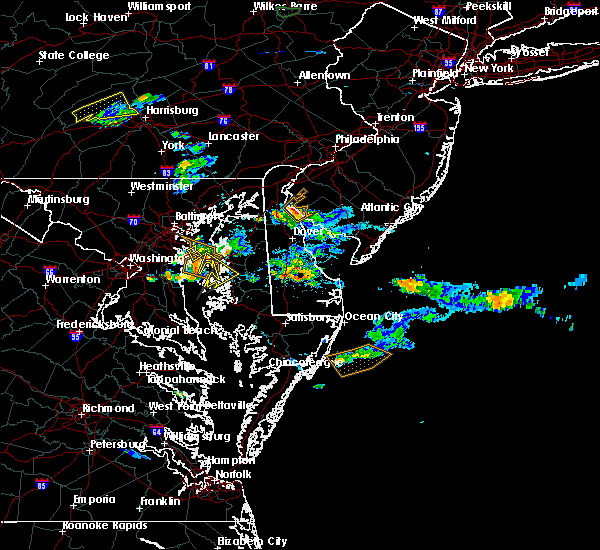 Radar Image for Severe Thunderstorms near Carneys Point, NJ at 8/1/2016 5:54 PM EDT