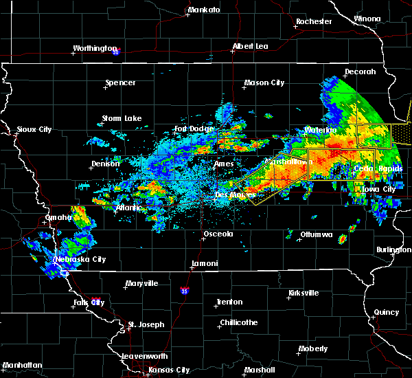 Radar Image for Severe Thunderstorms near Dysart, IA at 8/4/2016 7:44 PM CDT