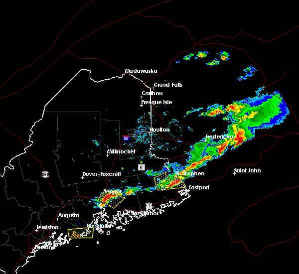 Radar Image for Severe Thunderstorms near Woodland, ME at 8/6/2016 3:58 PM EDT
