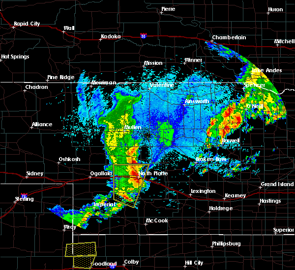 Radar Image for Severe Thunderstorms near North Platte, NE at 8/12/2016 12:33 AM CDT