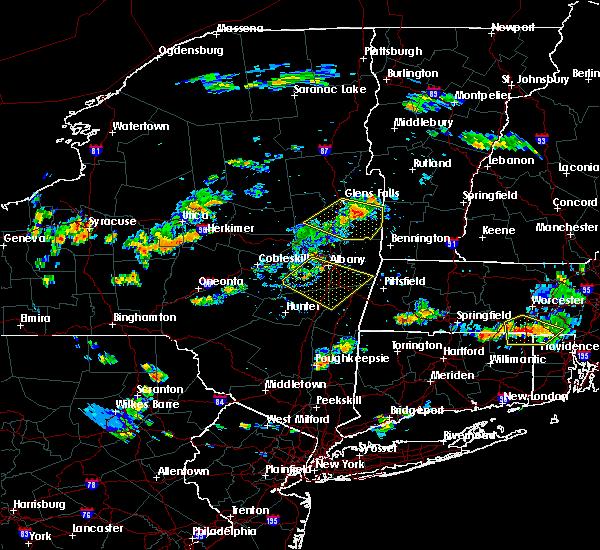 Radar Image for Severe Thunderstorms near Salem, NY at 8/12/2016 4:17 PM EDT