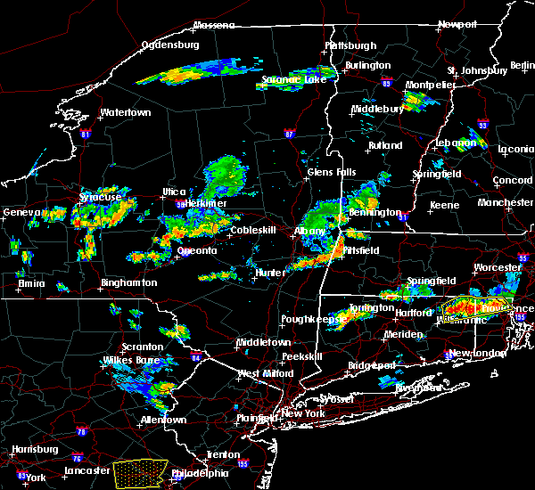Radar Image for Severe Thunderstorms near Pittsfield, MA at 8/12/2016 5:08 PM EDT