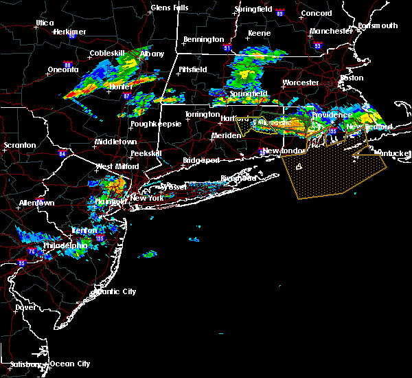 Radar Image for Severe Thunderstorms near Paterson, NJ at 8/12/2016 7:02 PM EDT