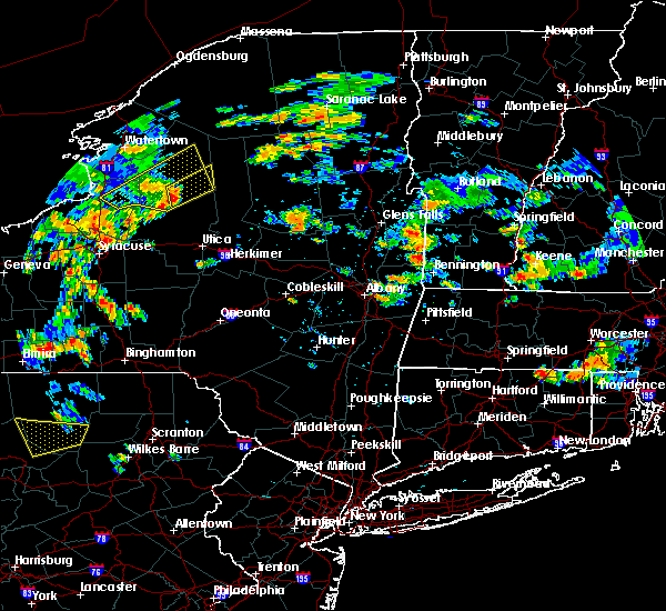 Radar Image for Severe Thunderstorms near Salem, NY at 8/13/2016 4:29 PM EDT