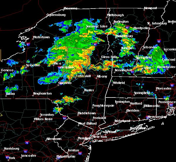 Radar Image for Severe Thunderstorms near Salem, NY at 8/13/2016 6:58 PM EDT
