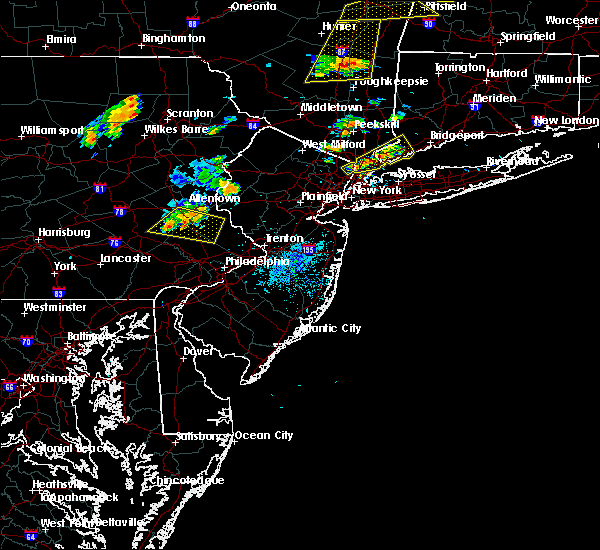 Radar Image for Severe Thunderstorms near Kenvil, NJ at 8/13/2016 8:30 PM EDT