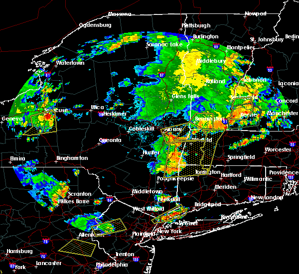 Radar Image for Severe Thunderstorms near Menands, NY at 8/13/2016 8:48 PM EDT