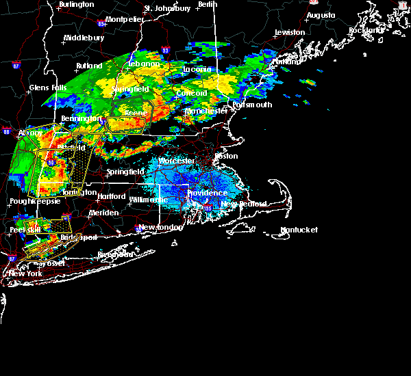 Radar Image for Severe Thunderstorms near Holyoke, MA at 8/13/2016 9:13 PM EDT