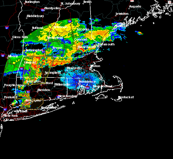 Radar Image for Severe Thunderstorms near Holyoke, MA at 8/13/2016 9:47 PM EDT