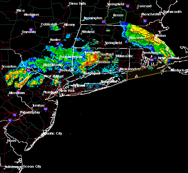 Radar Image for Severe Thunderstorms near East Hampton, CT at 8/14/2016 12:41 AM EDT
