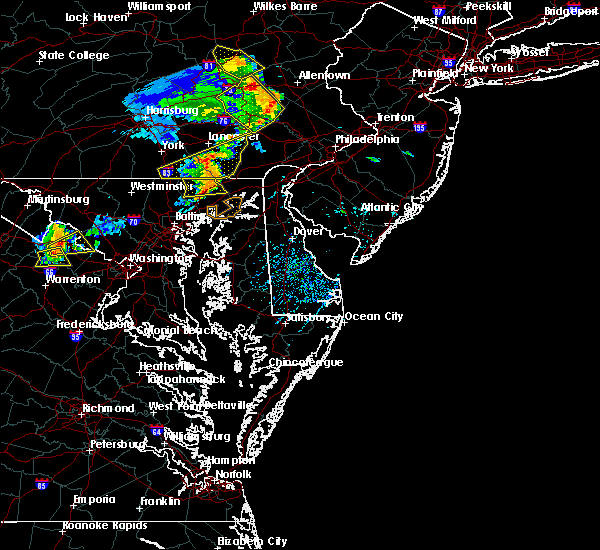 Radar Image for Severe Thunderstorms near Riverside, MD at 8/16/2016 5:17 PM EDT