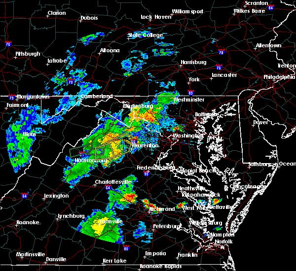 Radar Image for Severe Thunderstorms near Marshall, VA at 8/17/2016 7:56 PM EDT