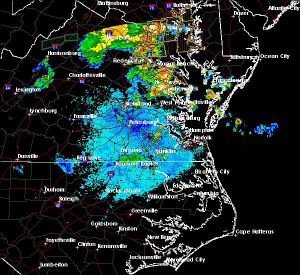 Radar Image for Severe Thunderstorms near Tappahannock, VA at 8/17/2016 9:29 PM EDT