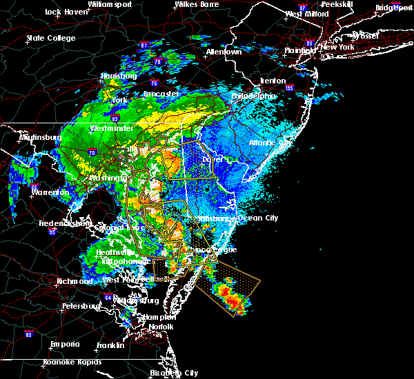 Radar Image for Severe Thunderstorms near Dover, DE at 8/17/2016 10:45 PM EDT