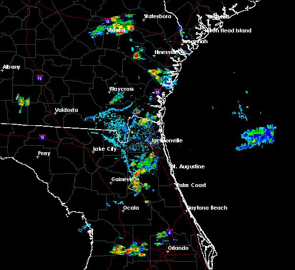 Radar Image for Severe Thunderstorms near Interlachen, FL at 8/19/2016 6:31 PM EDT