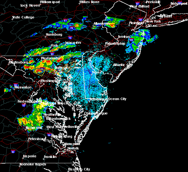 Radar Image for Severe Thunderstorms near Riverside, MD at 8/31/2016 11:31 PM EDT
