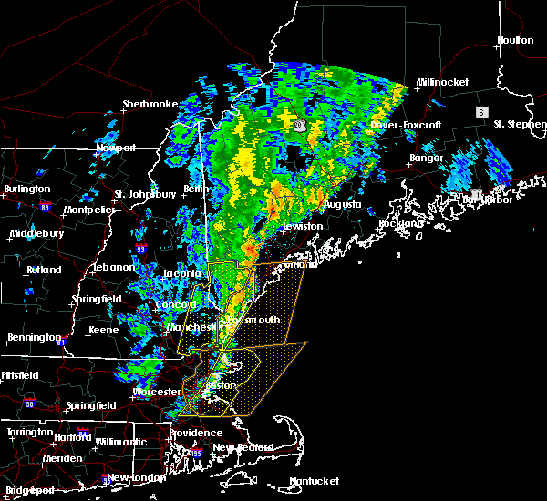Radar Image for Severe Thunderstorms near Falmouth Foreside, ME at 9/11/2016 10:40 AM EDT