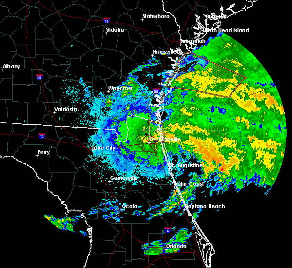Radar Image for Severe Thunderstorms near Yulee, FL at 9/13/2016 10:19 PM EDT
