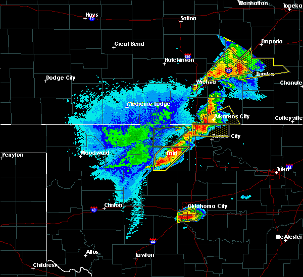 Radar Image for Severe Thunderstorms near Waukomis, OK at 10/4/2016 8:37 PM CDT
