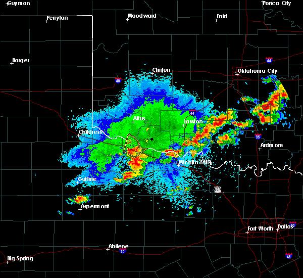 Radar Image for Severe Thunderstorms near Vernon, TX at 10/19/2016 8:22 PM CDT