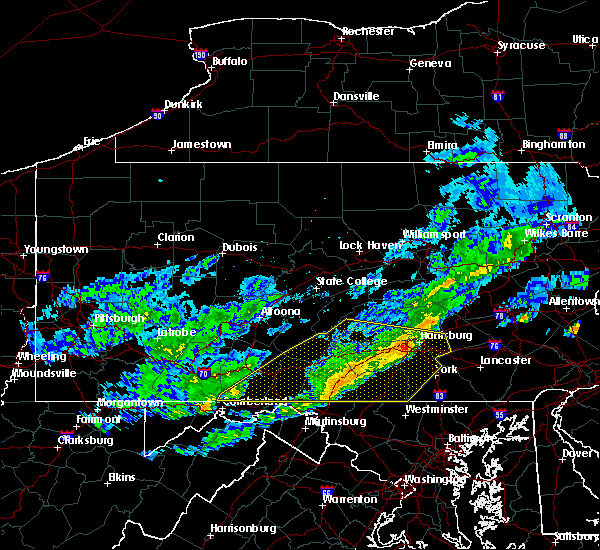 Radar Image for Severe Thunderstorms near Orrstown, PA at 10/30/2016 4:10 PM EDT