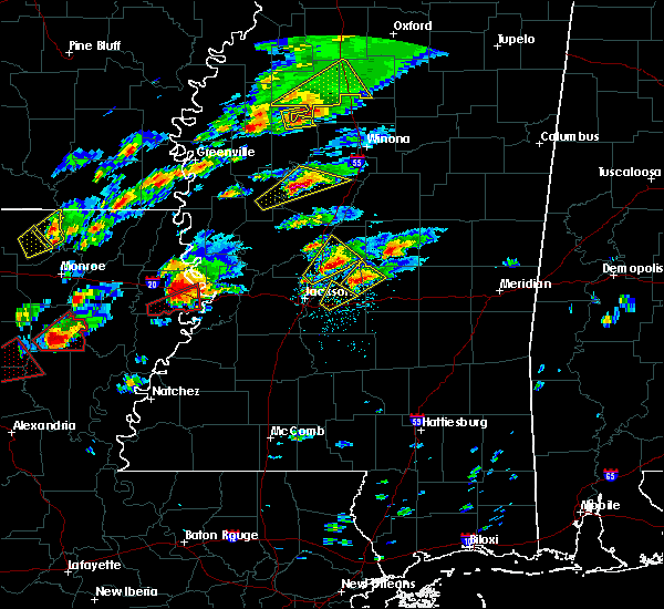 Radar Image for Severe Thunderstorms near Tchula, MS at 11/29/2016 3:58 PM CST