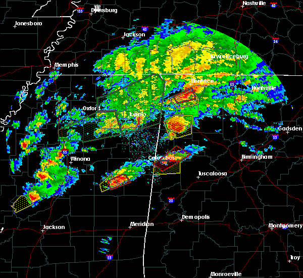 Radar Image for Severe Thunderstorms near Fayette, AL at 11/29/2016 7:26 PM CST