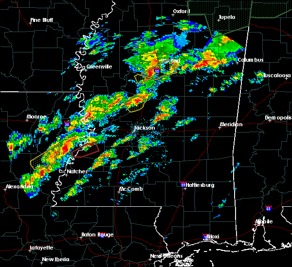 Radar Image for Severe Thunderstorms near Winona, MS at 11/29/2016 10:36 PM CST