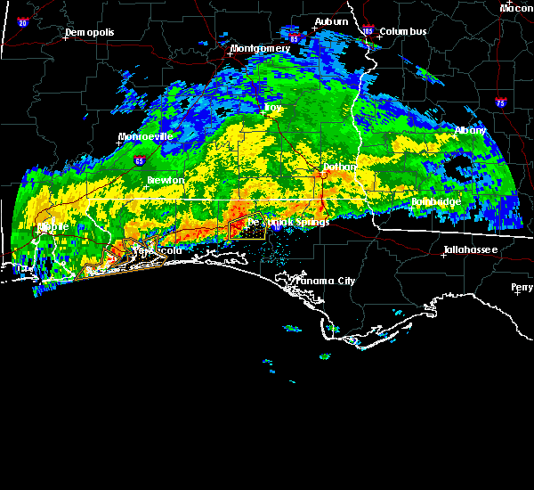 Radar Image for Severe Thunderstorms near Ponce de Leon, FL at 1/1/2017 5:46 AM CST