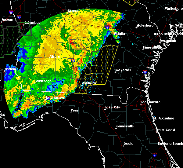Radar Image for Severe Thunderstorms near Baxley, GA at 1/2/2017 11:19 PM EST