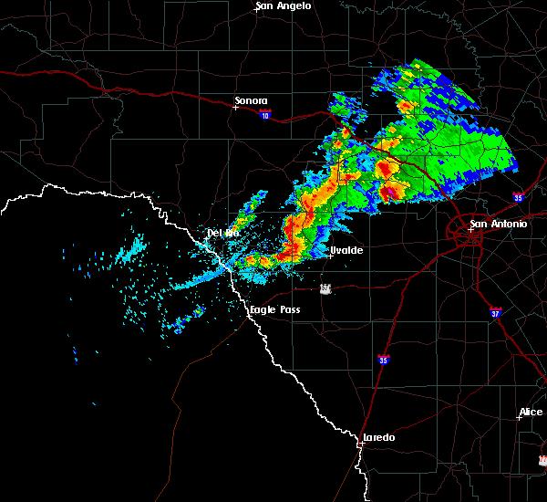 Radar Image for Severe Thunderstorms near Uvalde Estates, TX at 1/15/2017 8:03 PM CST