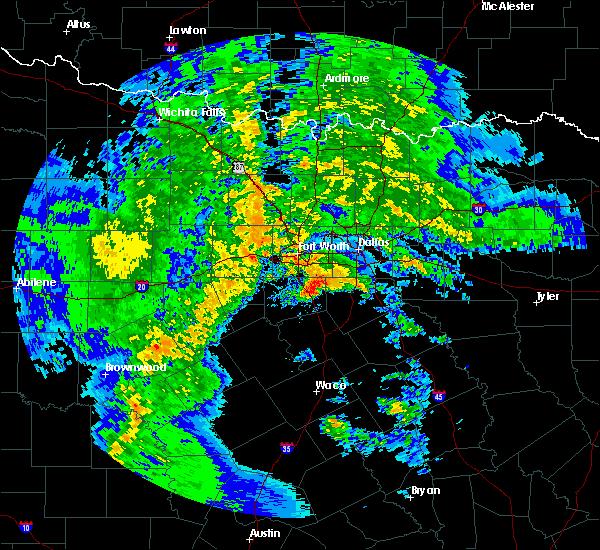 Radar Image for Severe Thunderstorms near Alvarado, TX at 1/15/2017 8:07 PM CST