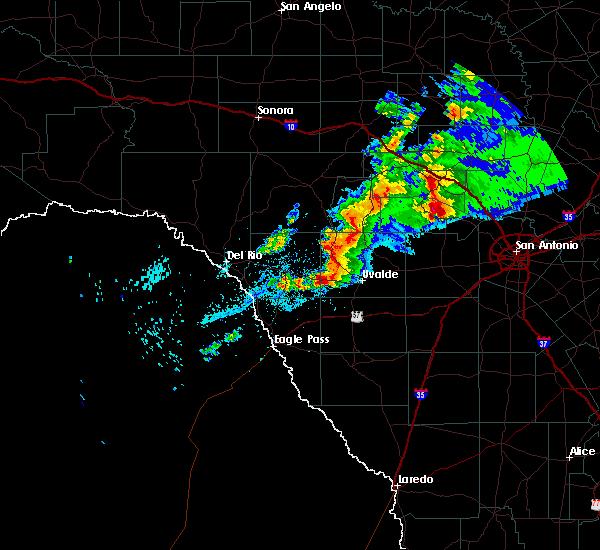 Radar Image for Severe Thunderstorms near Ingram, TX at 1/15/2017 8:12 PM CST
