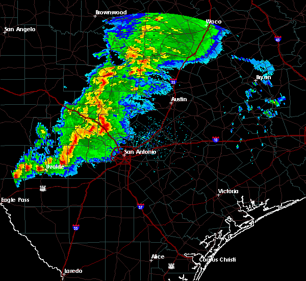 Radar Image for Severe Thunderstorms near Boerne, TX at 1/15/2017 9:04 PM CST