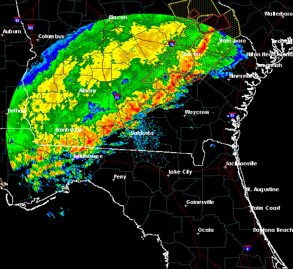 Radar Image for Severe Thunderstorms near Baxley, GA at 1/21/2017 2:35 PM EST