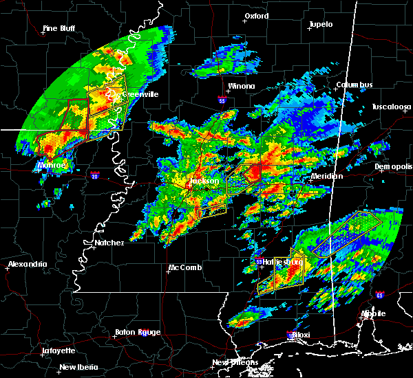 Radar Image for Severe Thunderstorms near Puckett, MS at 1/21/2017 9:43 PM CST