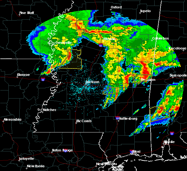 Radar Image for Severe Thunderstorms near Eden, MS at 1/21/2017 10:50 PM CST