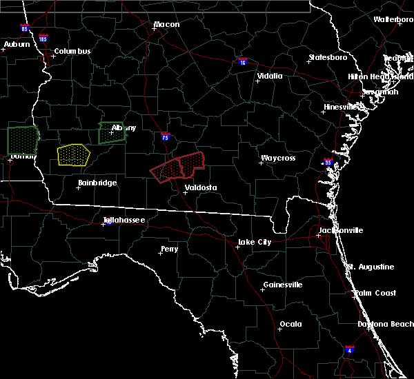 Radar Image for Severe Thunderstorms near Nashville, GA at 1/22/2017 3:38 AM EST