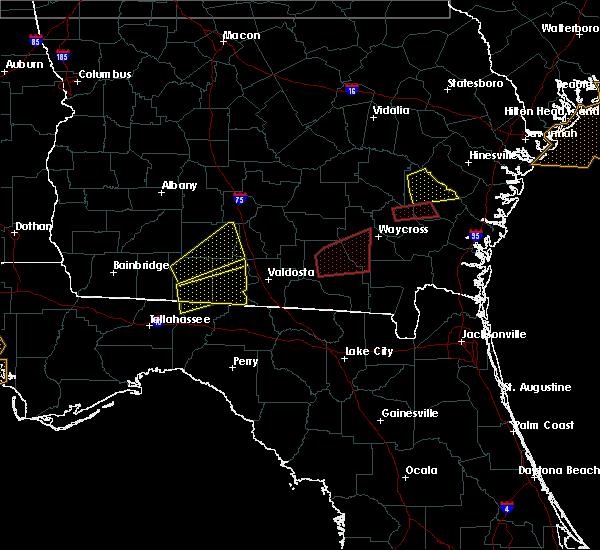 Radar Image for Severe Thunderstorms near Homerville, GA at 1/22/2017 7:50 AM EST