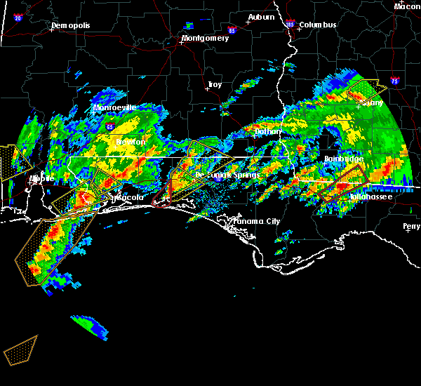 Radar Image for Severe Thunderstorms near Niceville, FL at 1/22/2017 9:59 AM CST