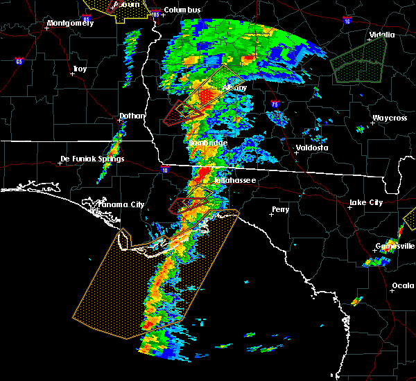 Radar Image for Severe Thunderstorms near Tallahassee, FL at 1/22/2017 3:16 PM EST