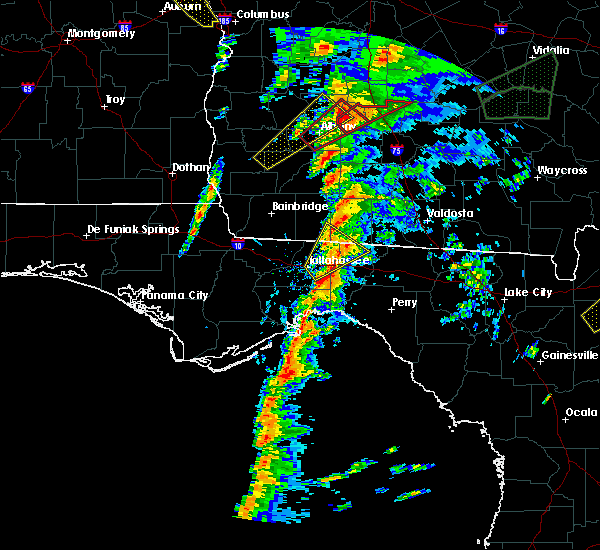 Radar Image for Severe Thunderstorms near Tallahassee, FL at 1/22/2017 3:44 PM EST