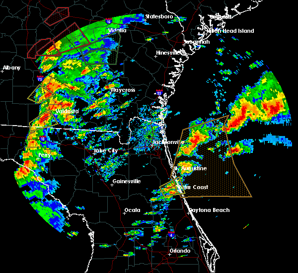 Radar Image for Severe Thunderstorms near Flagler Estates, FL at 1/22/2017 4:23 PM EST