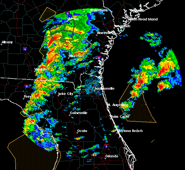Radar Image for Severe Thunderstorms near Jesup, GA at 1/22/2017 5:06 PM EST