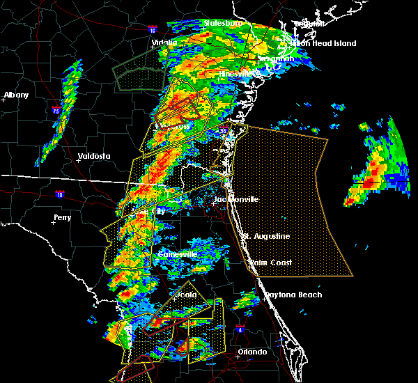 Radar Image for Severe Thunderstorms near Newberry, FL at 1/22/2017 6:04 PM EST
