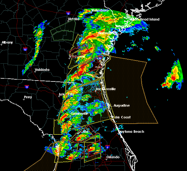 Radar Image for Severe Thunderstorms near Welaka, FL at 1/22/2017 6:22 PM EST