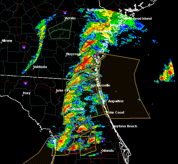 Radar Image for Severe Thunderstorms near Gainesville, FL at 1/22/2017 6:35 PM EST