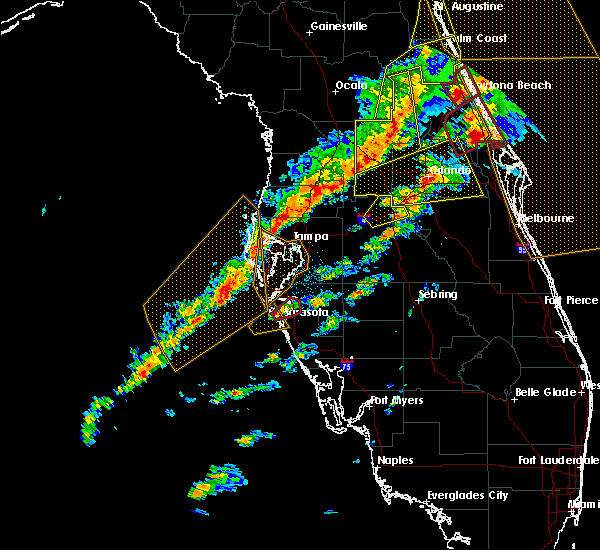 Radar Image for Severe Thunderstorms near Sarasota, FL at 1/22/2017 7:52 PM EST