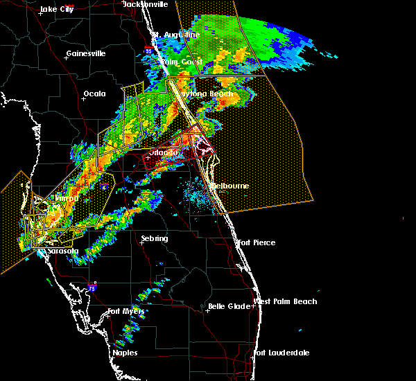 Radar Image for Severe Thunderstorms near Cocoa West, FL at 1/22/2017 8:32 PM EST