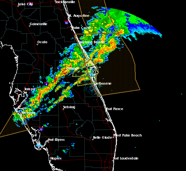 Radar Image for Severe Thunderstorms near Melbourne, FL at 1/22/2017 9:14 PM EST